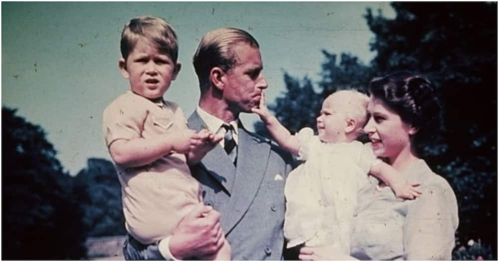 15 enchanting photos of Prince Phillip and Queen Elizabeth During their Younger Years