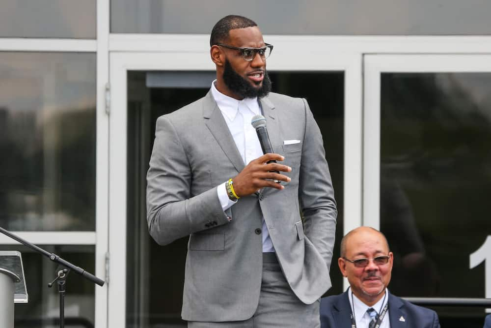 LeBron James net worth, salary, endorsements, cars, house, billionaire