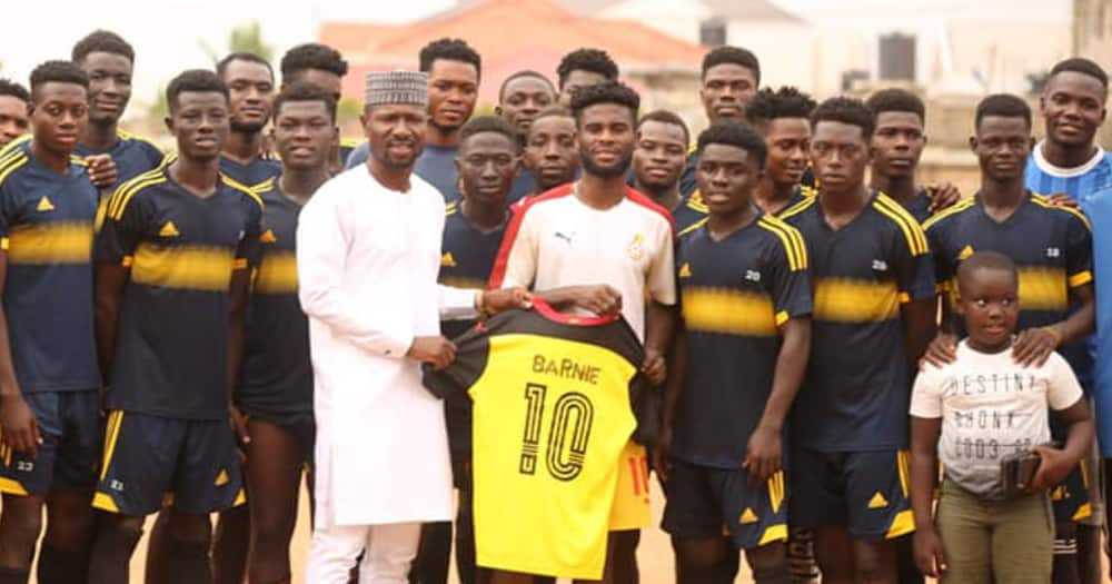 Hearts forward Afriyie Barnieh goes back to his roots and gives back