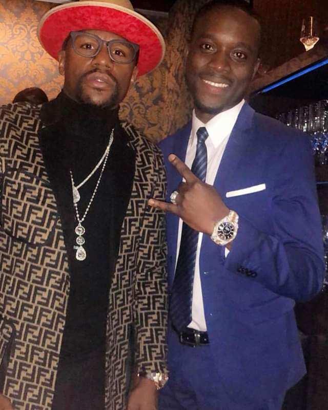 Ghana's Pretty Kobe hosts Floyd Mayweather Jnr. to talk business
