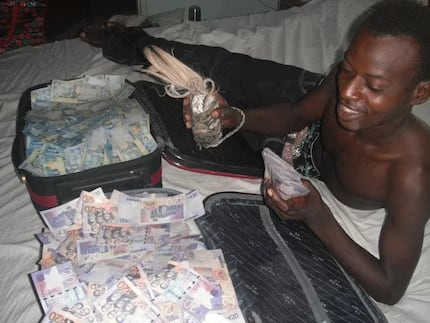 Video of how popular 'sakawa' boy makes his money causes stir on social media