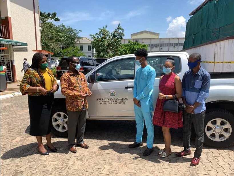 Government gifts Free SHS ambassador brand new car
