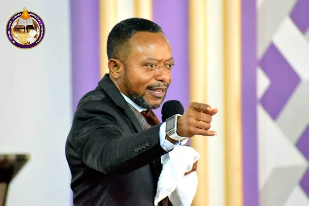 You'd suffer before you die - Owusu Bempah rains curses on critics of his USA election prophecy (video)