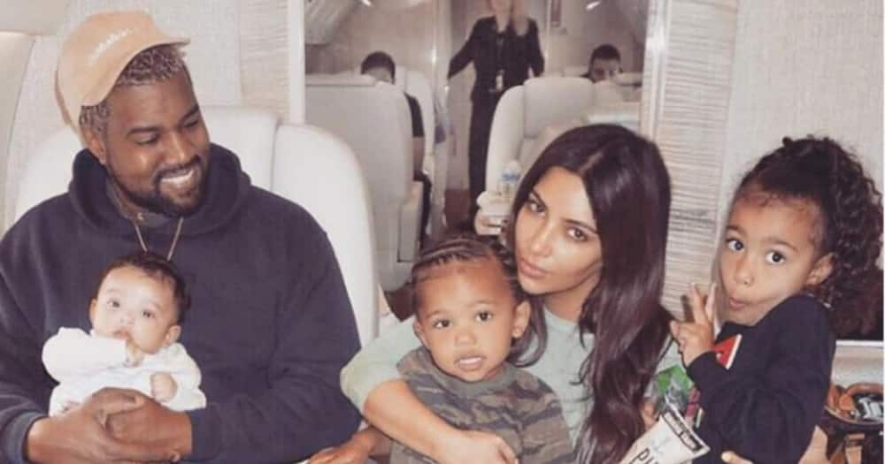 Kim Kardashian, Kanye West.