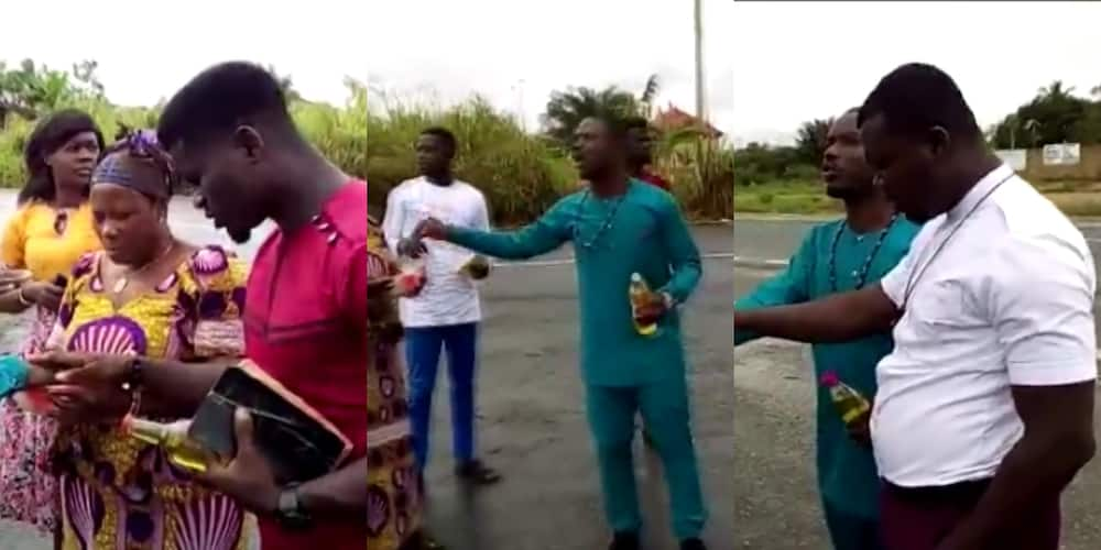 Prayer warriors spotted in photo praying on Accra-Kumasi highway to prevent accidents