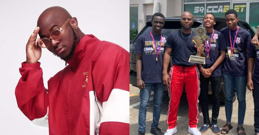King Promise meets 2020 NSMQ winners, calls them powerful name in new post