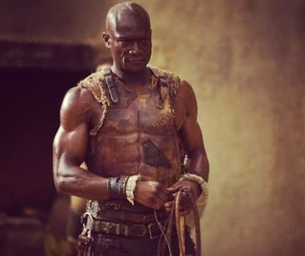7 wild photos of Peter Mensah of Spartacus fame who is a Ghanaian