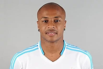 He is a barber, not a miracle worker – Stars, others mock 'sakora' Dede Ayew for getting a haircut in new video