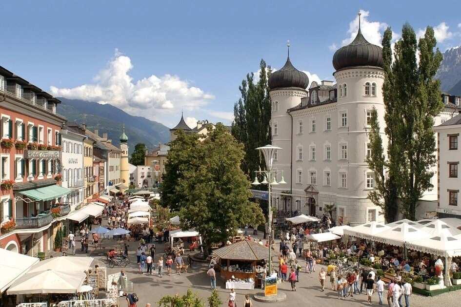 List of biggest cities in Austria States in Austria List of popular cities in Austria List of names of cities in Austria