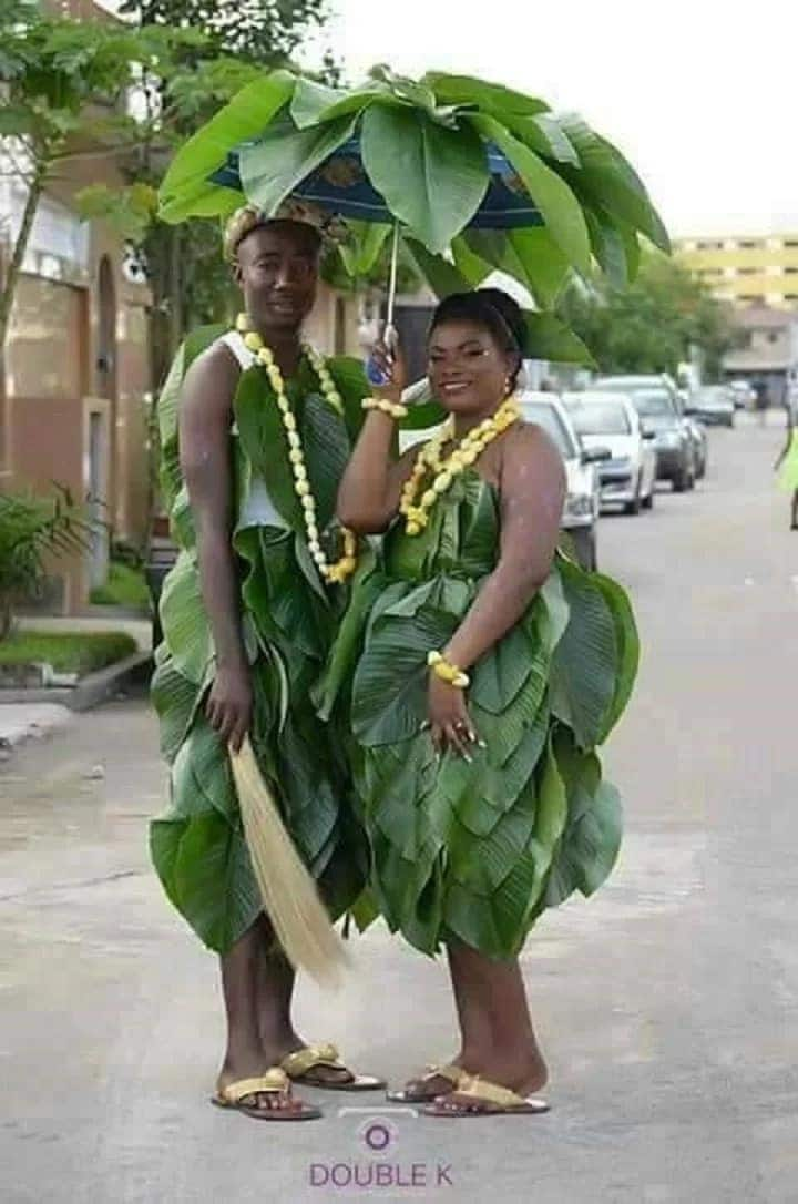 Here is a pre-wedding photo that has everyone suddenly thinking of waakye