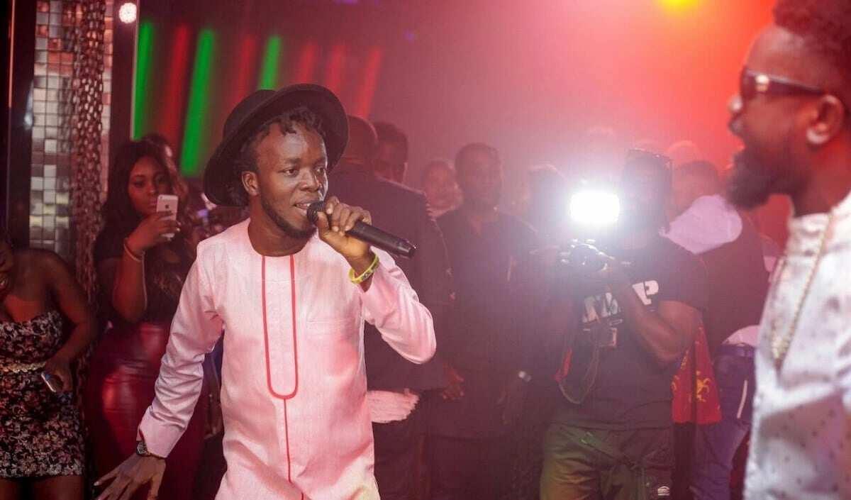 akwaboah latest songs, akwaboah i do love you, akwaboah hye me bo