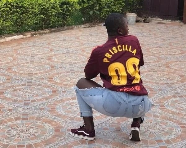 Ahuofe Patri shows huge support for Barca