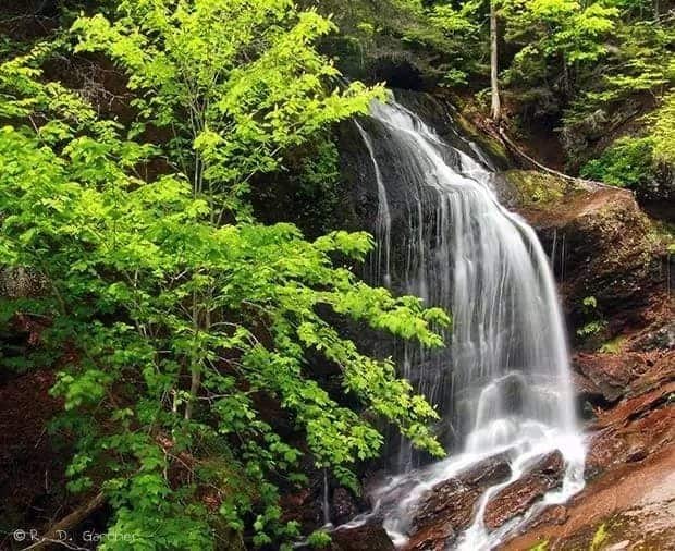 List of waterfalls in Ghana and their locations Waterfall Pictures of waterfalls in Ghana