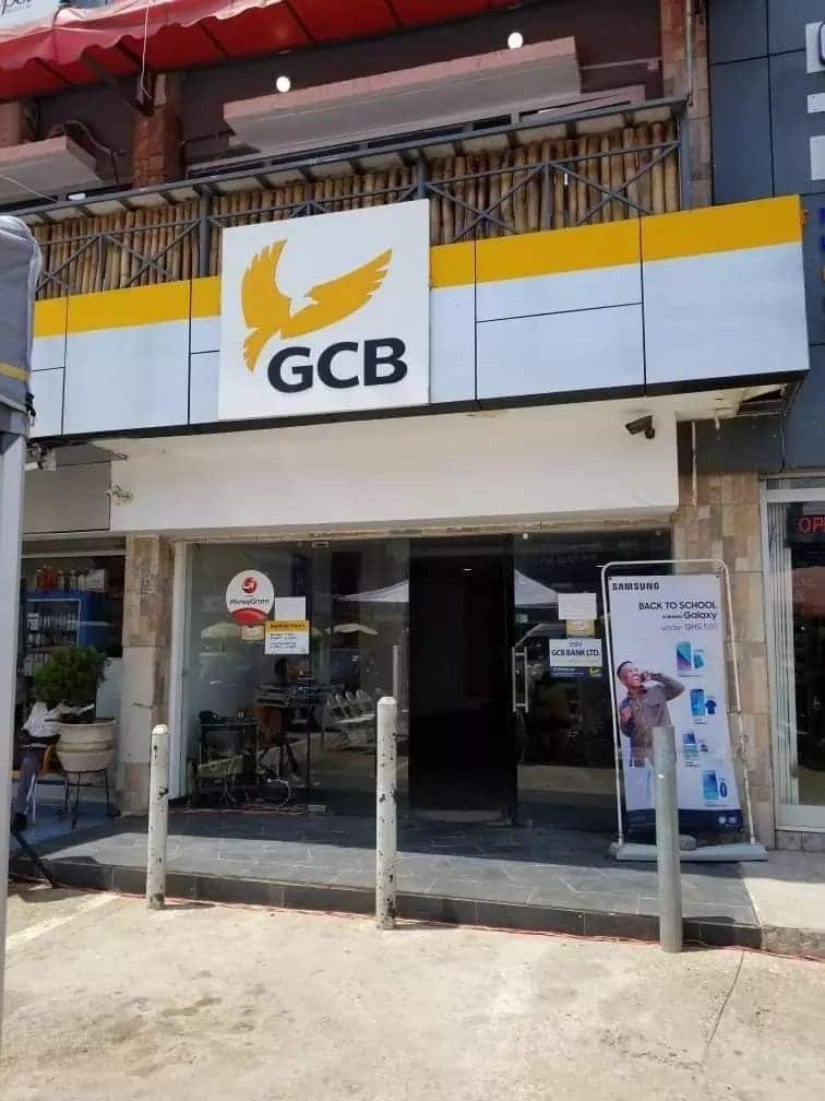 gcb bank branches ghana commercial bank head office gcb bank branches in accra