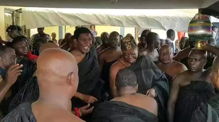 Royal feud brought to an end as Asantehene pays a historic visit to the Techimanhene
