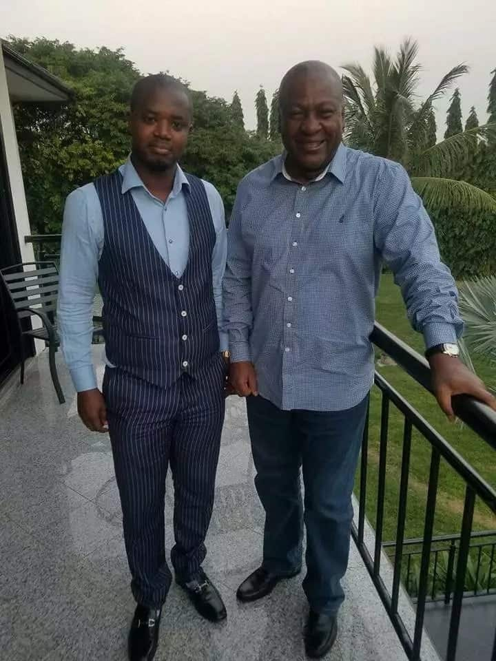 Mahama spotted laughing excitedly with NDC lawyer (photos)