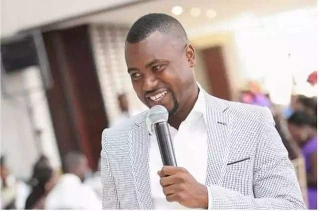 "Abeiku Santana advertises cushioned ""Kitchen stools"""