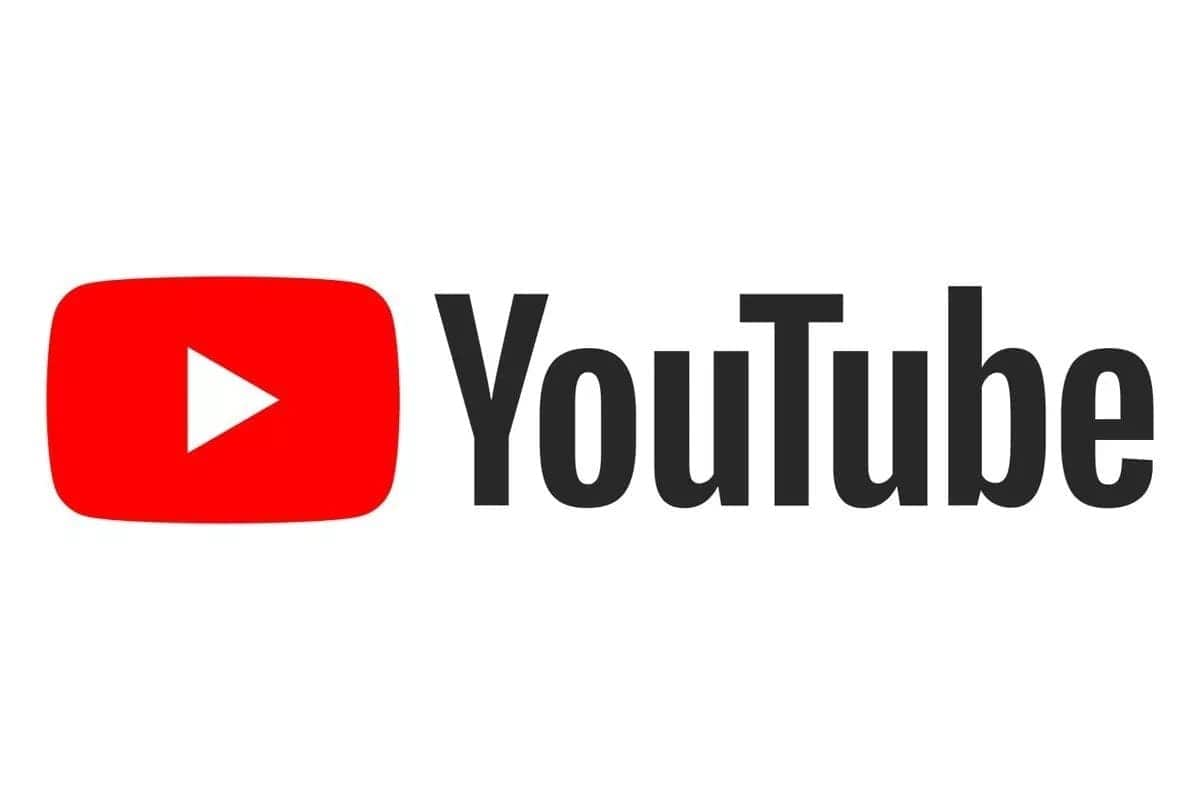 How much do YouTubers make a year?