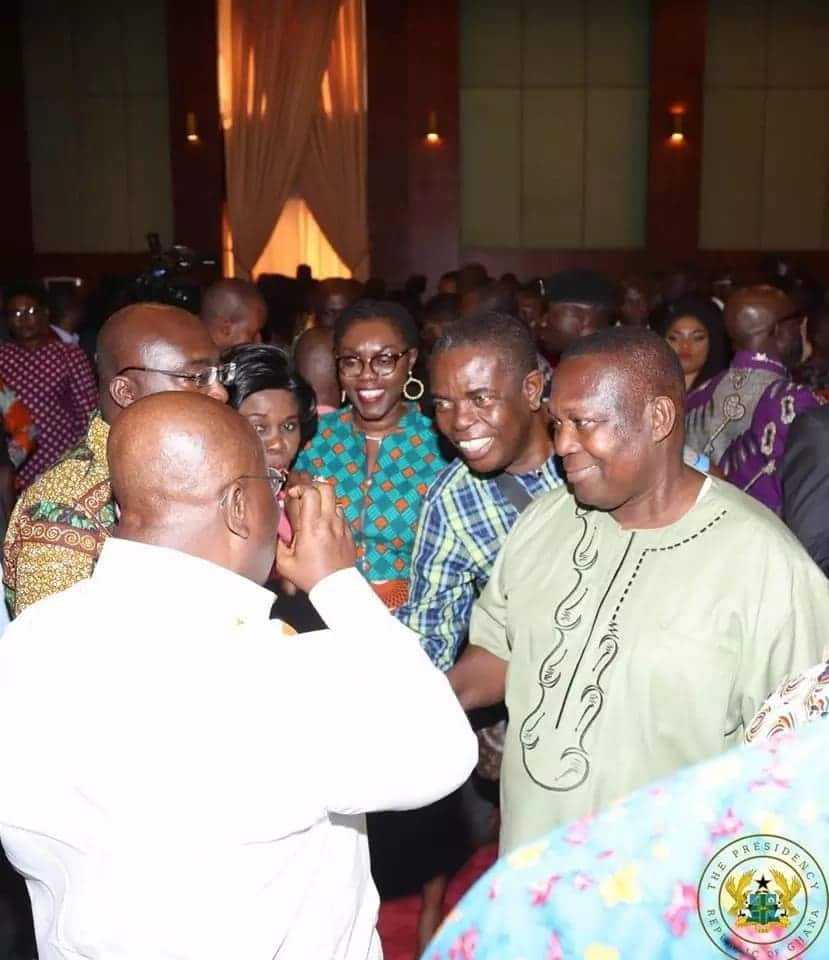 All the photos Nana Addo took with journalists after meet-the-press confab