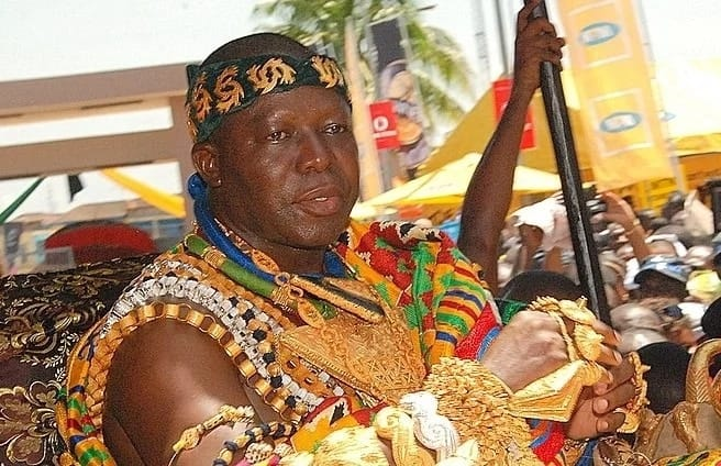 Otumfuo warns other chiefs to stay away from his wife