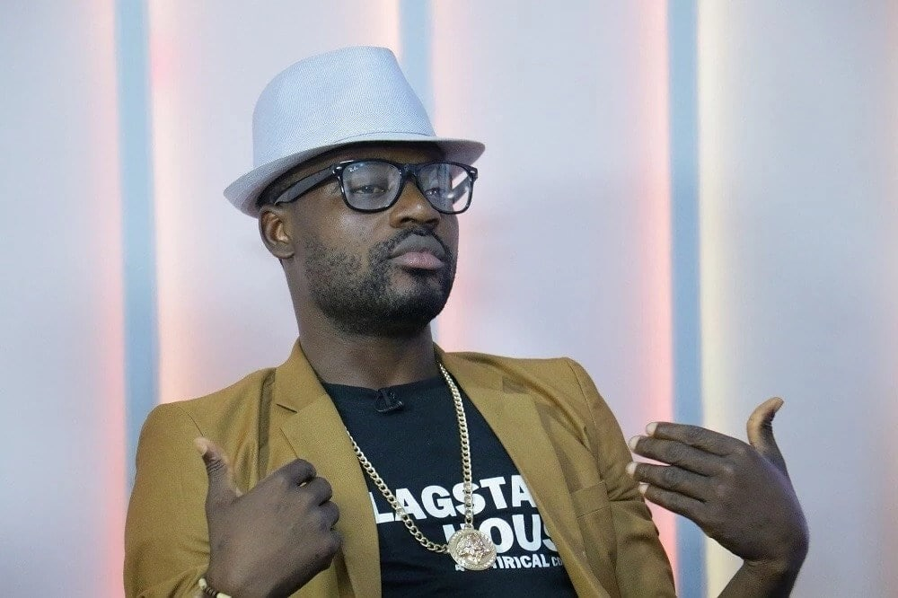 Ghanaian comedian humiliated on stage in for cracking joke about Nigerians