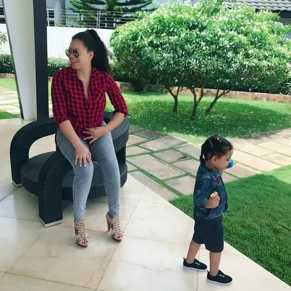 Nadia Buari captured in a video dancing with her adorable twins