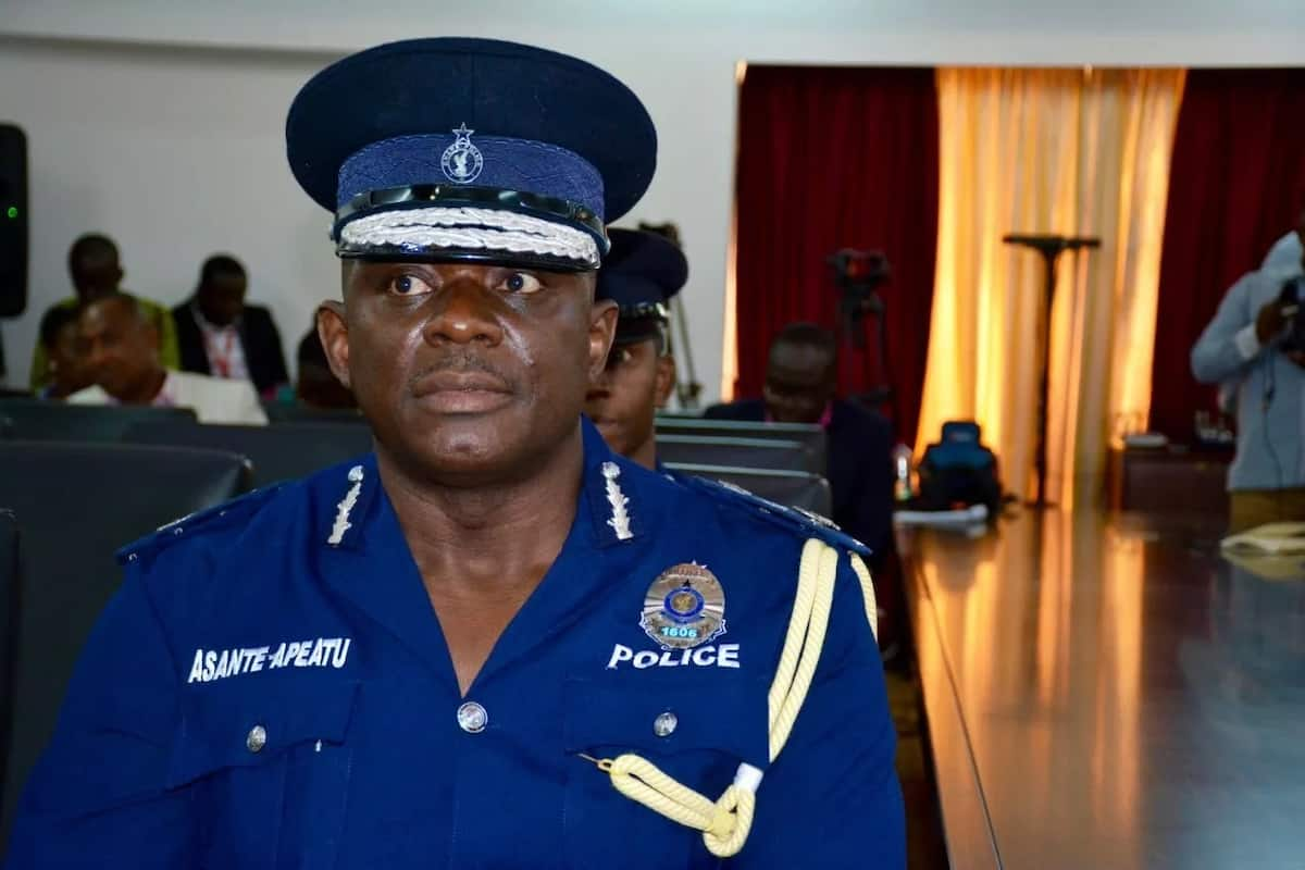 Police to make first degree minimum qualification for recruitment