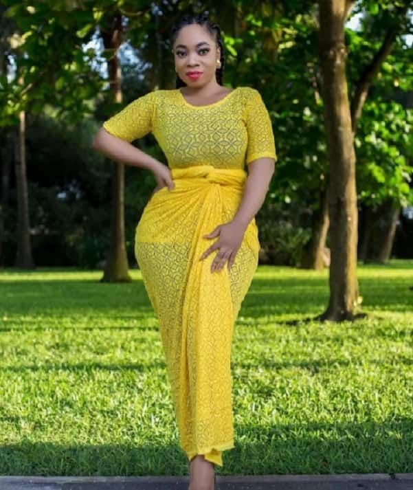 Moesha Boduong and Nigeria's Davido party hard at night club in latest video