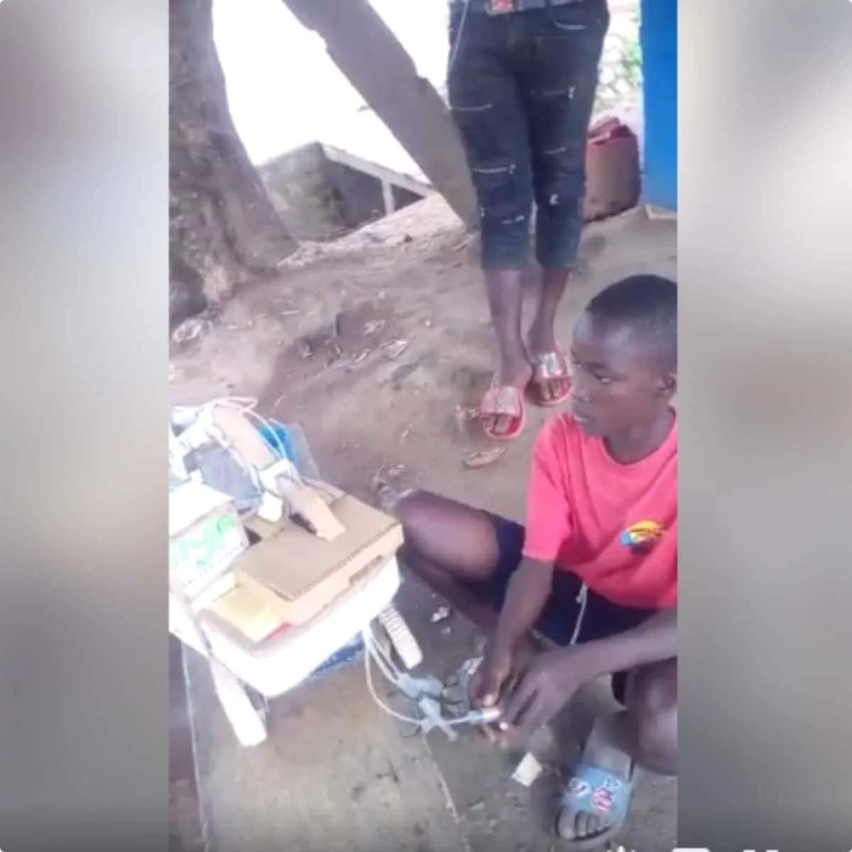 Young Ghanaian genius builds working excavator out of boxes