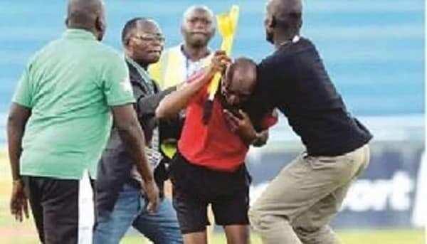 Ghanaian referees beaten as violence rocks Edubiase-Proud United game