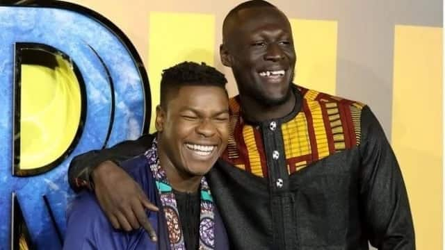 African attires for fans and stars in Black Panther premiere