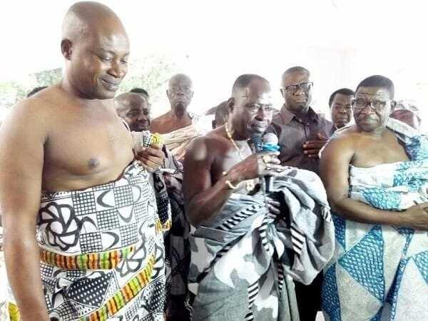 High-life legend Amakye Dede installed as 'Chief' at Agogo