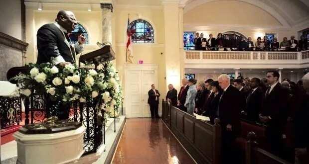 I did not lobby to pray at Trump's inauguration