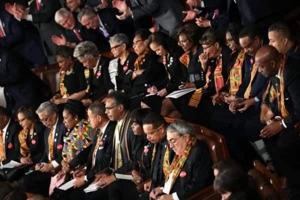US lawmakers wear Ghana's 'kente' to protest Trump's comment