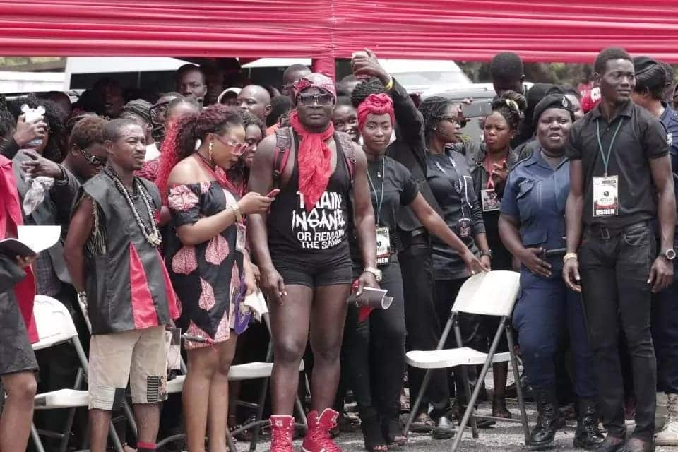Bukom Banku causes confusion at Ebony's funeral with unusual dressing