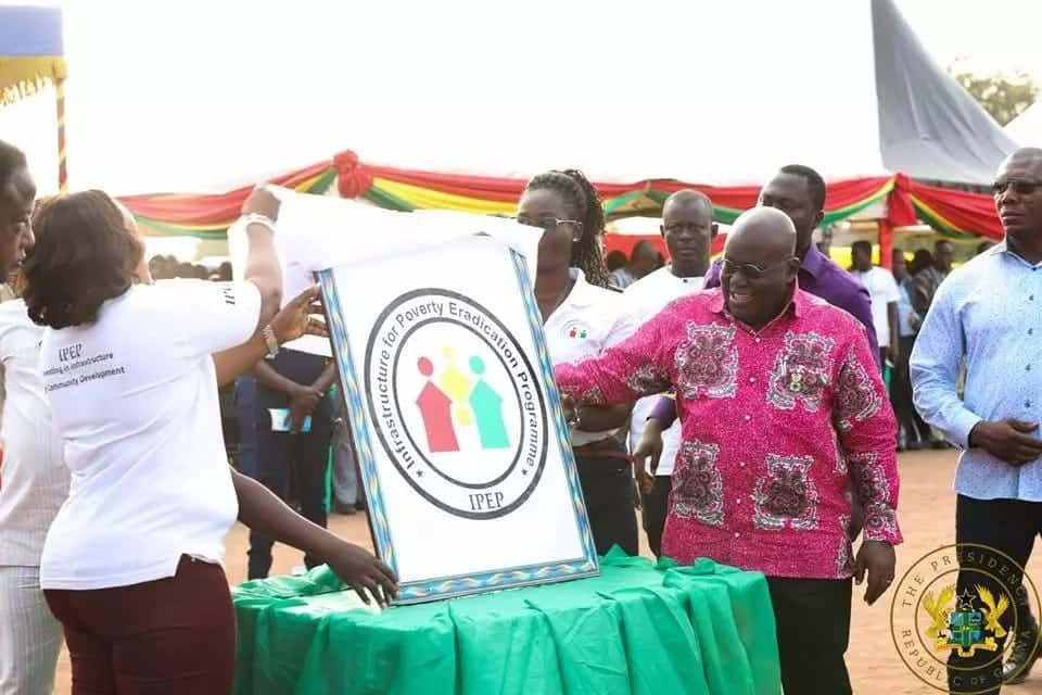 Akufo-Addo launches 1-District 1-Warehouse project