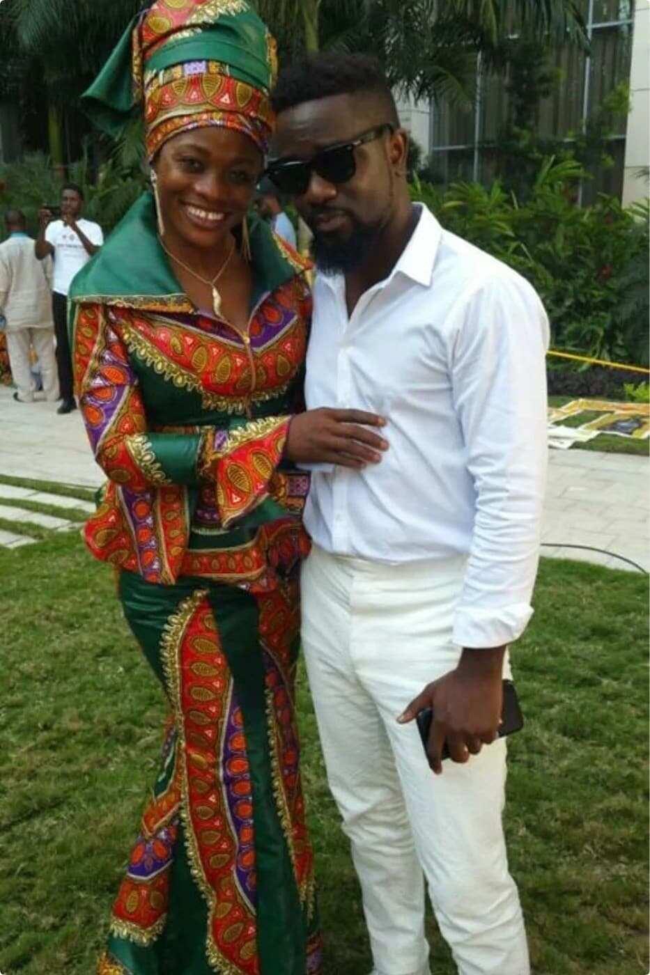 Evangelist Diana Asamoah praises Sarkordie for his lyrics