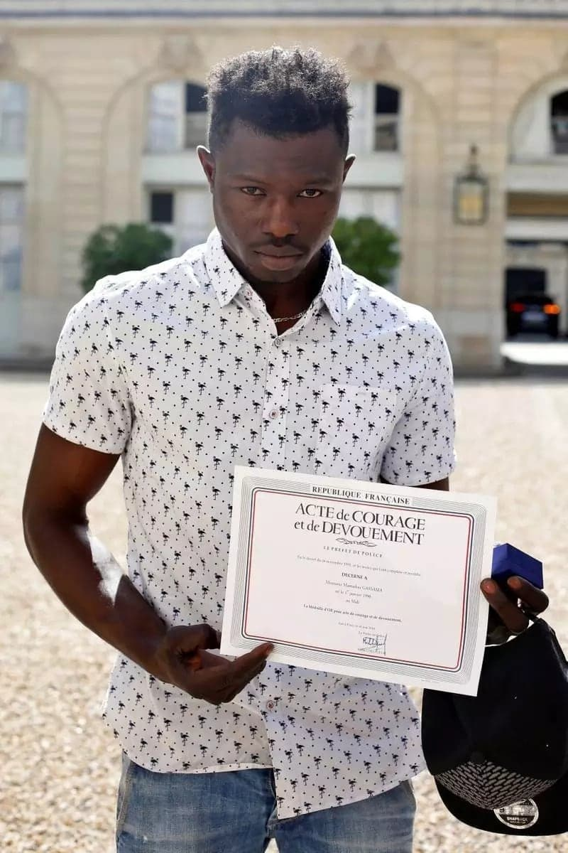 Mali 'Spiderman' to be made French citizen