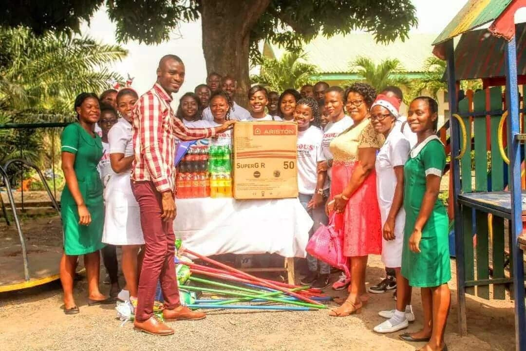 Christian youth group blesses Tema General Hospital with kind donation