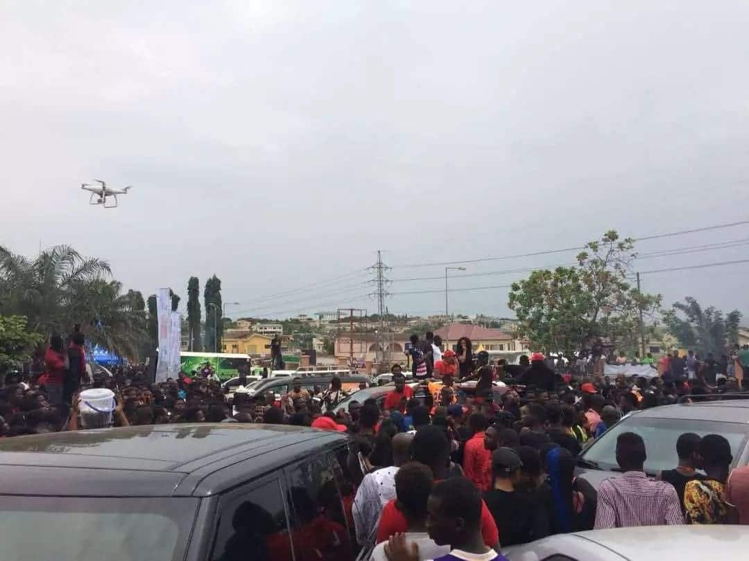 Crazy photos of the massive crowd at Ebony's one week memorial