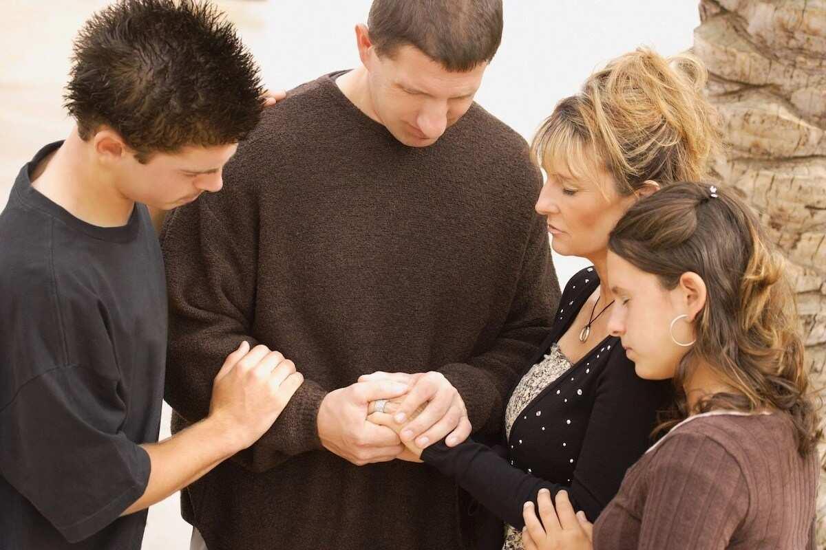 Best Christian Family Prayer for Thanksgiving Day