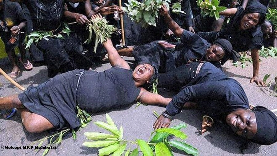 Professional mourners in Ghana