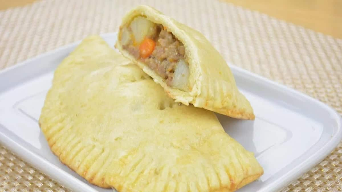 How to Prepare Meat Pie at Home