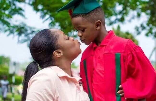 Moesha flaunts her son after his graduation (photos)