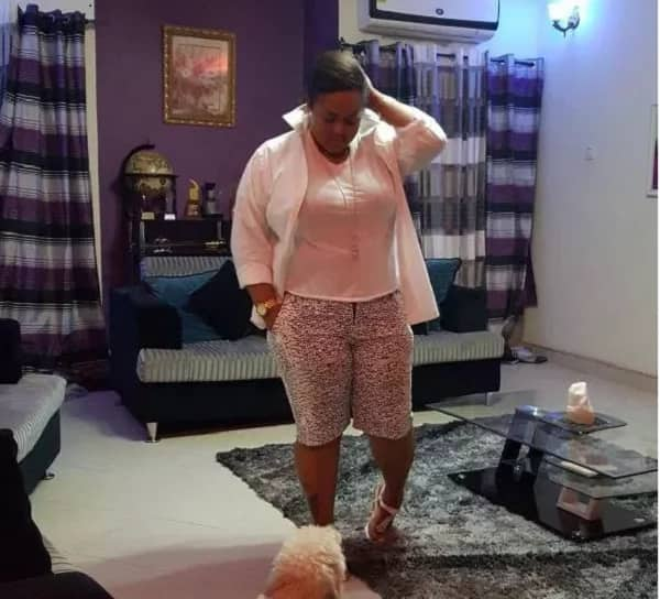 Kumawood's Vivian Jill shows of cars, house