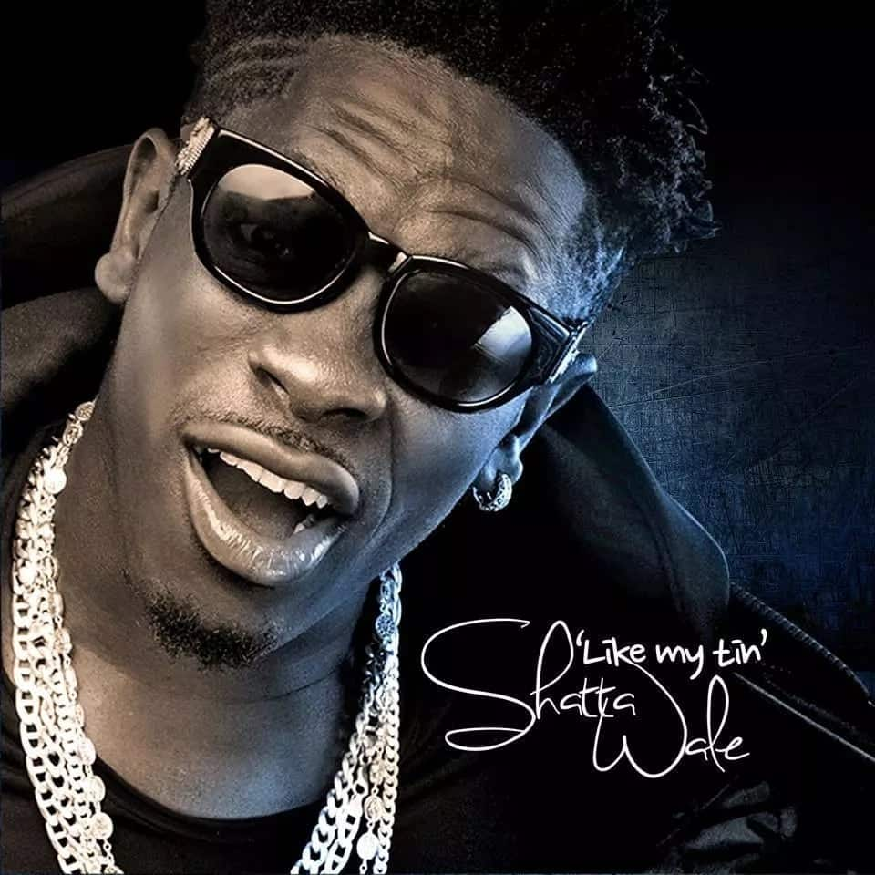 Social accuse Shatta Wale of mocking Stonebwoy after BET snub