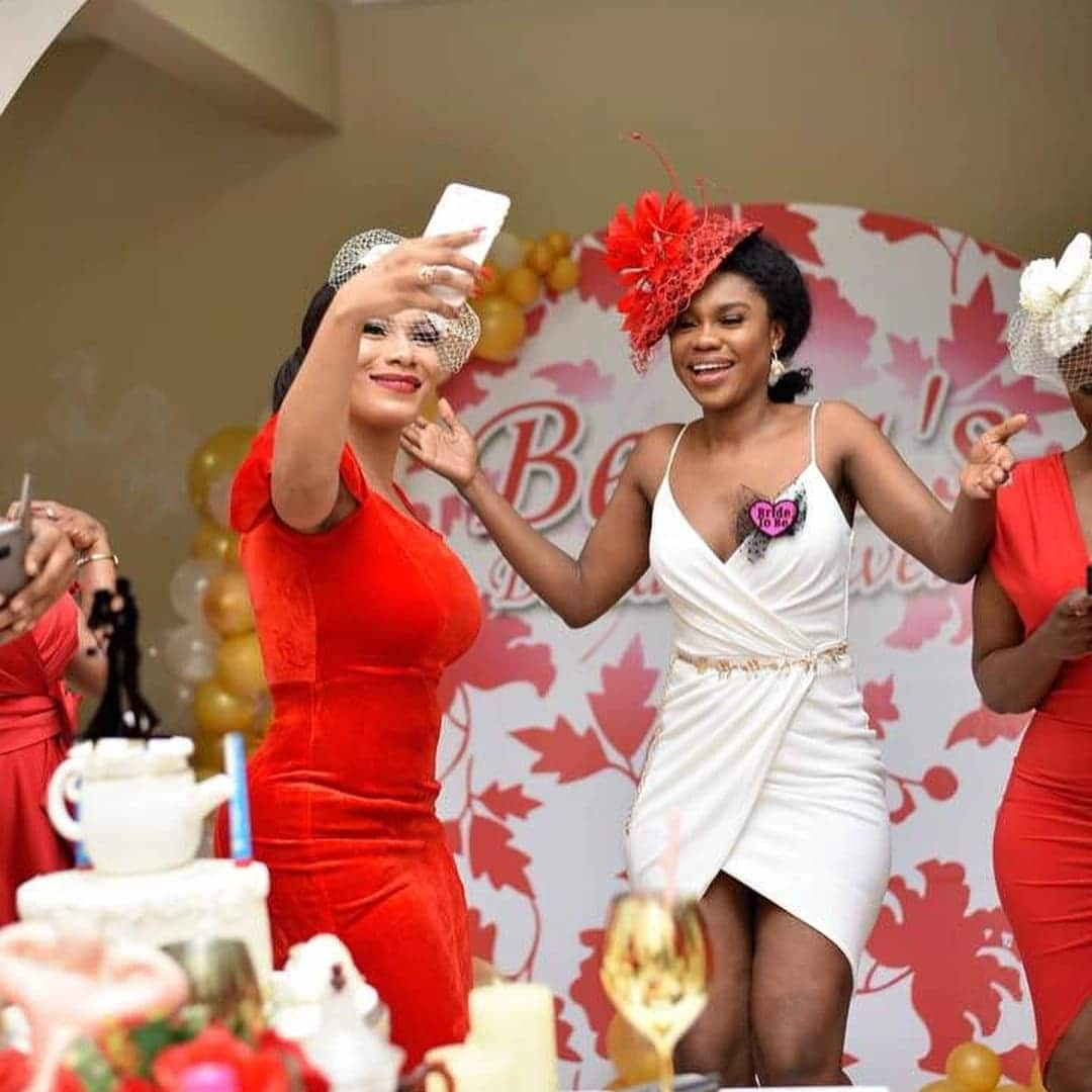 Beautiful photos from Becca's bridal shower pop up