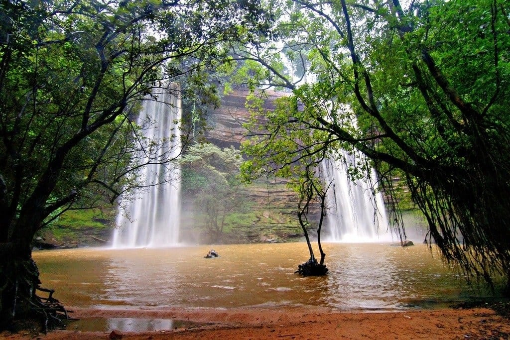 List of waterfalls in Ghana and their locations List of waterfalls in Ghana Pictures of waterfalls in Ghana Boti falls Boti falls Ghana