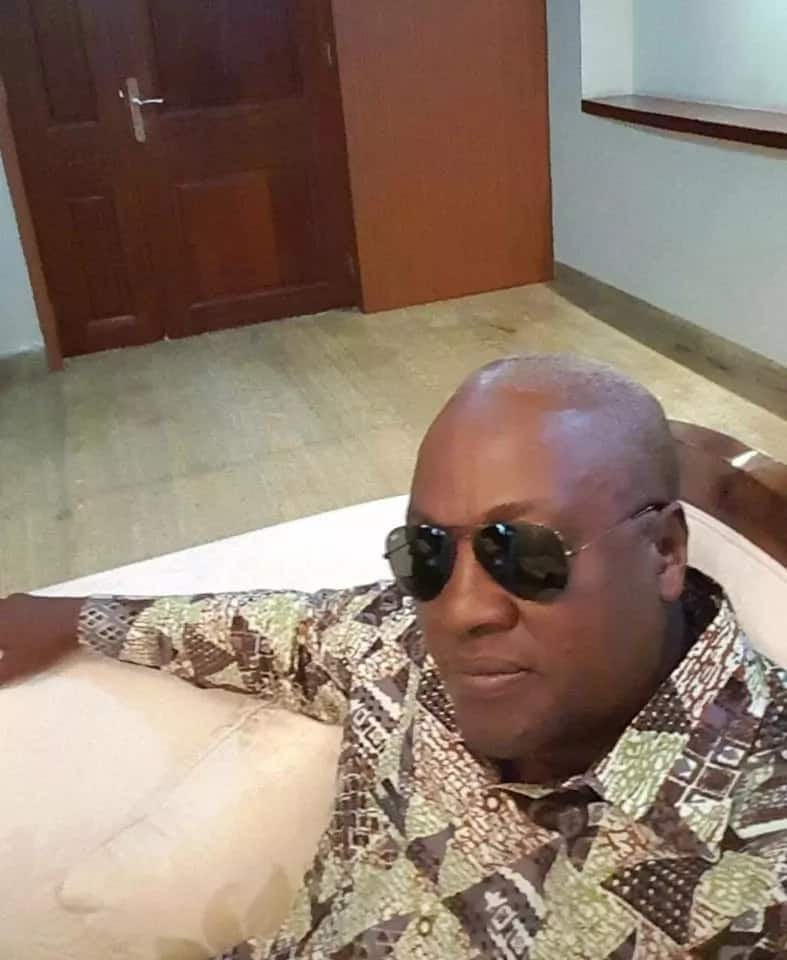 Mahama shows swag in new photos