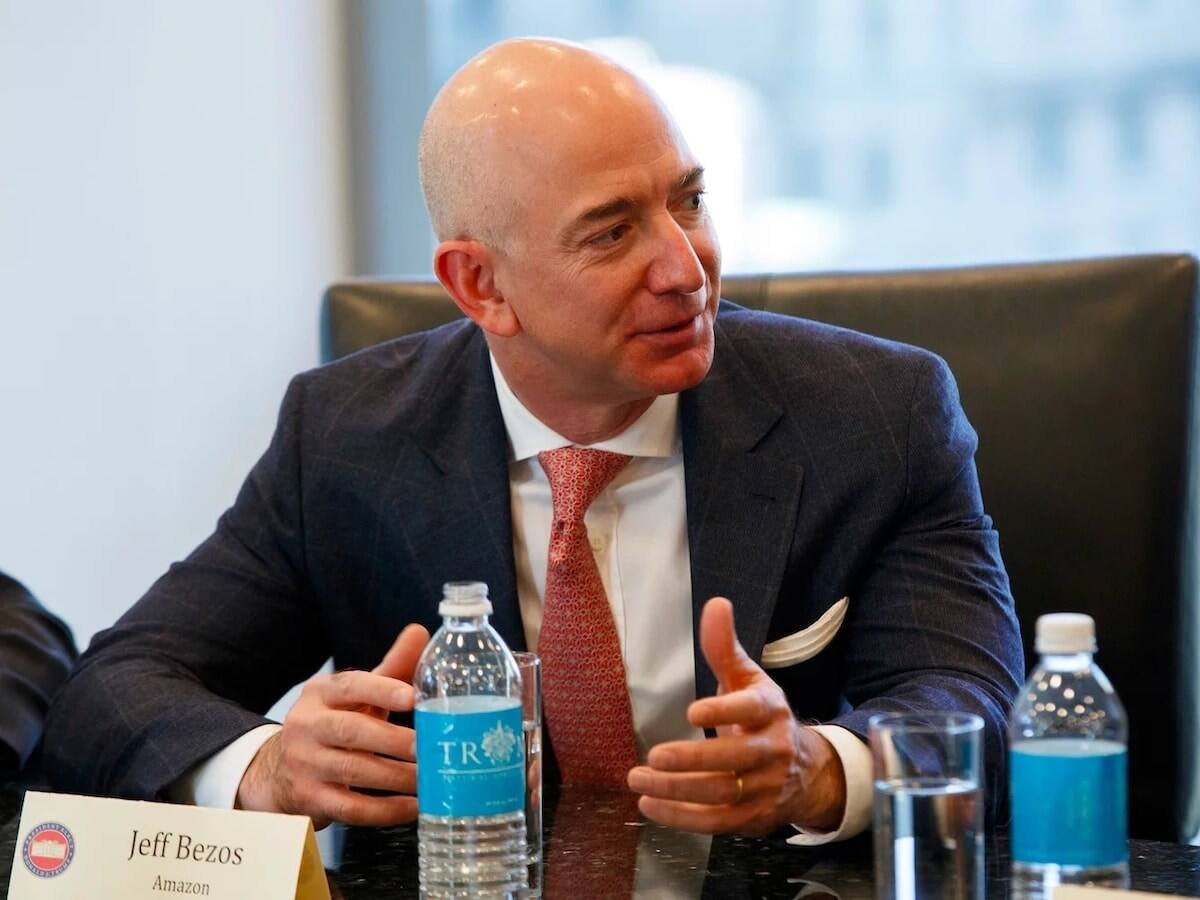 Who Owns Amazon? Find Out More About the Guy Who Stands Behind the Biggest Online Retail Company in the World!